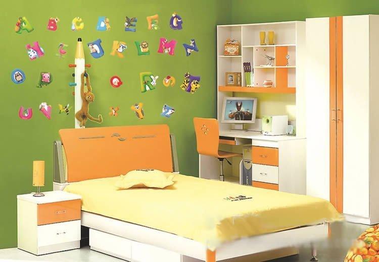 ліжечко та шафа для підлітка