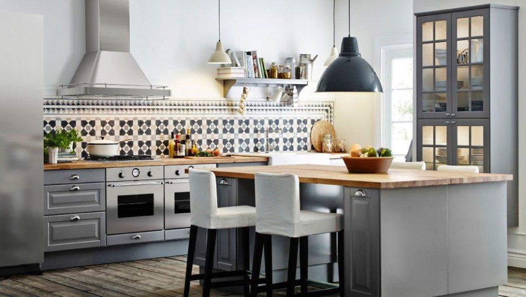 Кухні на замовлення без шаф зверху фото