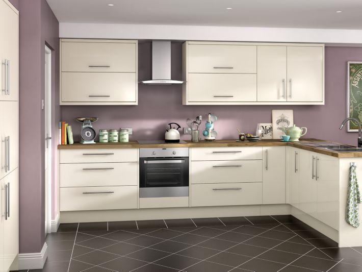 Кухні на замовлення у фіолетових тонах фото