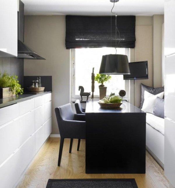 маленькі біло-чорні кухні
