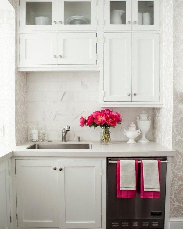 маленькі білі кухні