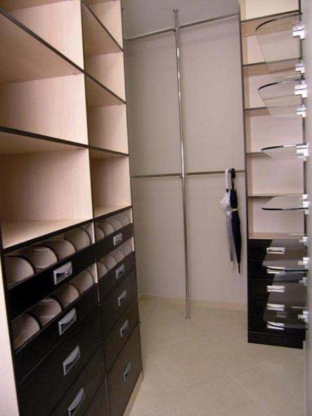Гардеробні кімнати на замовлення фото 4