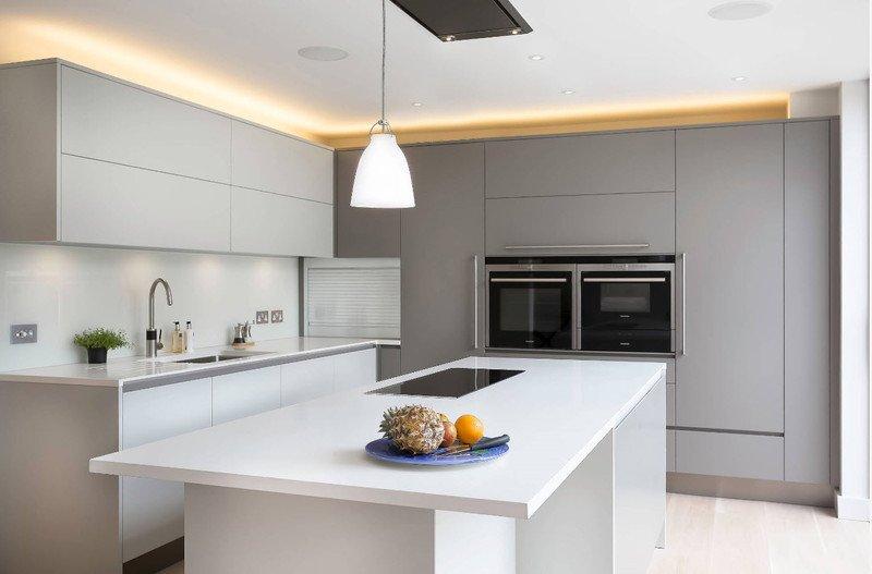 Кухня до стелі