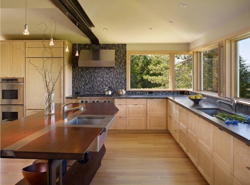 Пряма кухня дерево