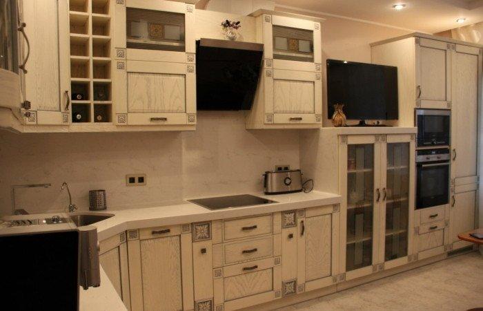 Кухні з масиву на замовлення фото 5