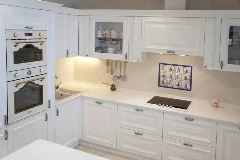 Кутові кухні на замовлення фото Кухні.IF-22