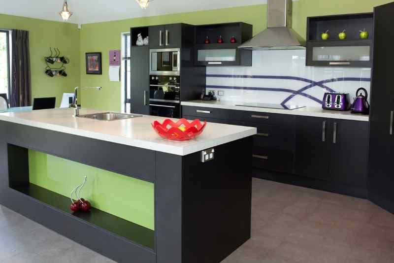 Модний інтер'єр кухні фото 31