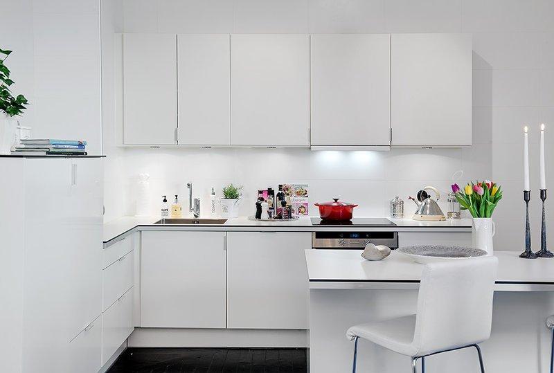 Як створити інтер'єр кухні у стилі мінімалізм