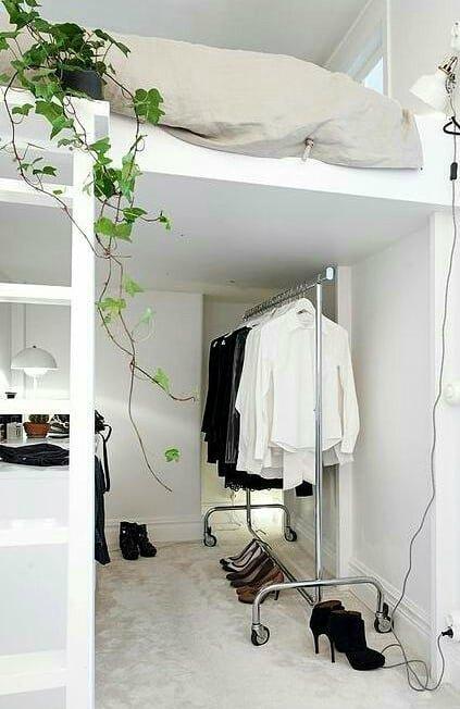 Гардеробна в однокімнатній квартирі фото 9
